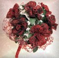 bouquet rose rosse perline fiori per sposa